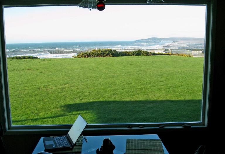 writing desk bandon